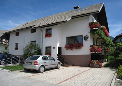 APARTMENTS TAVČAR BLED